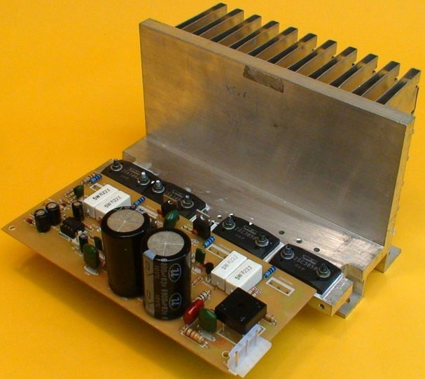 Circuito Impreso De Amplificador De 3000w : Amplificador monofÓnico de watios hÍbrido electrotole